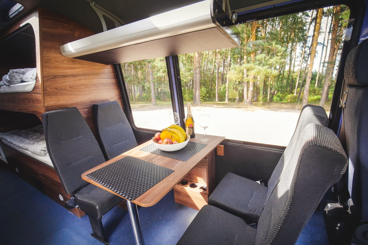 Полноприводный пазик — идеальная заготовка для внедорожного автодома