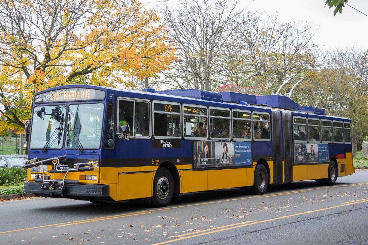 Агентство King County Metro известно экспериментами: в 1988 году оно закупило для Сиэтла экзотические дуобусы на итальянском шасси Breda. Теперь их заменили обычные троллейбусы New Flyer-Skoda с автономным ходом