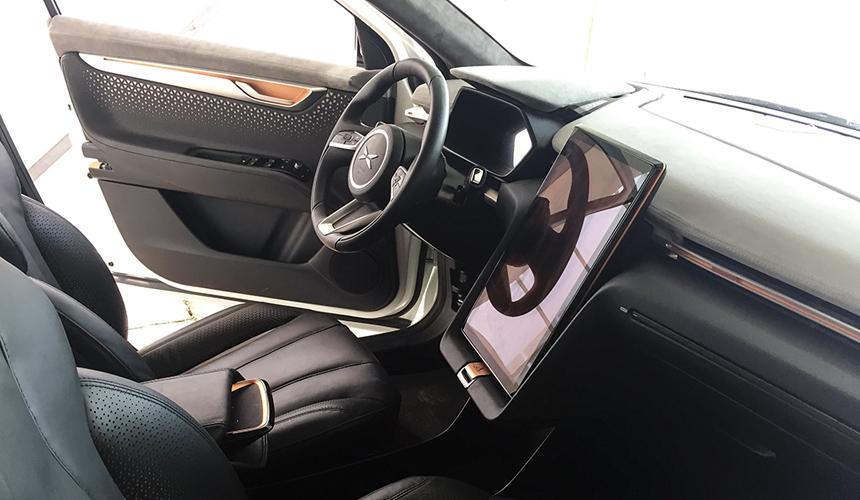 Китайцы создали доступную альтернативу Tesla Model X