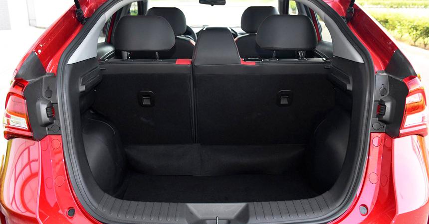Представлен компактный паркетник Luxgen U5— Подарок наюбилей