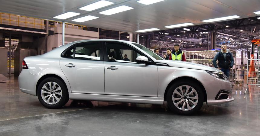NEVS продемонстрировал вКитайской республике серийную версию электрокара Saab 9-3