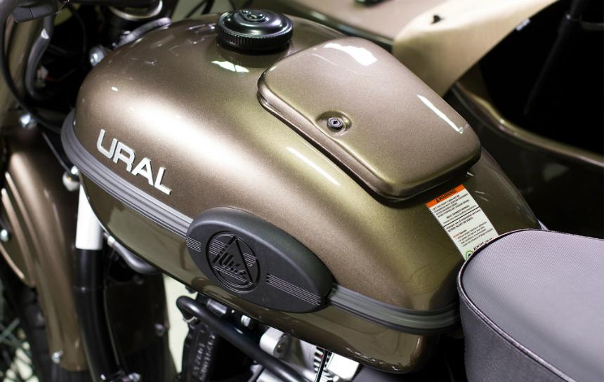 Русский мотоцикл для американцев снабдили водкой