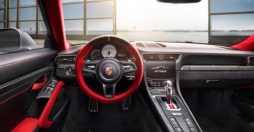 Новый Порше GT2 RSрассекретили засутки допремьеры
