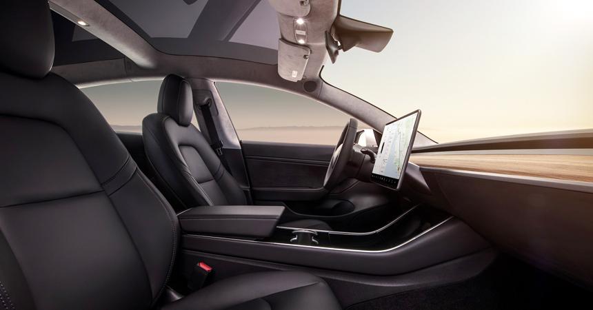 Илон Маск официально представил эпохальный электрокар Model 3