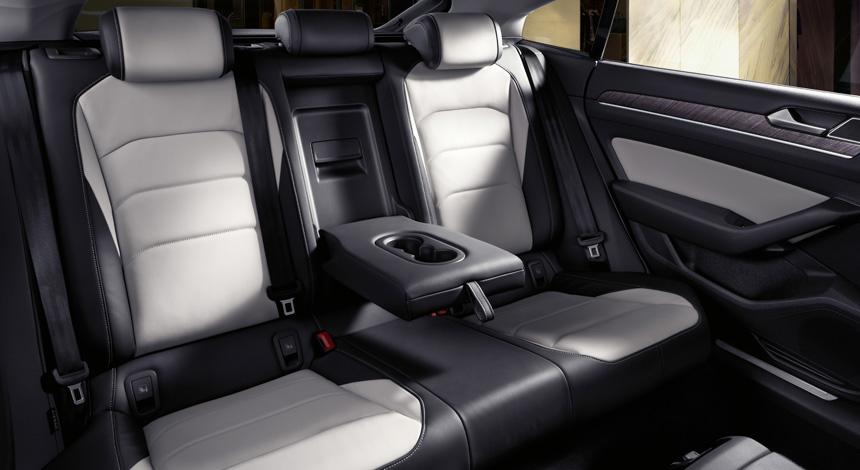 Лифтбек Volkswagen Arteon пришел на смену модели Passat CC