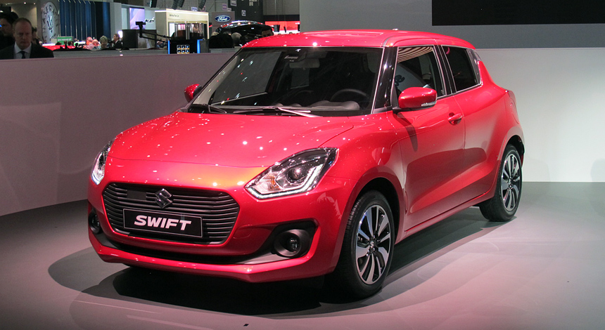 Новый Сузуки Swift 2017 показали наЖеневском автомобильном салоне