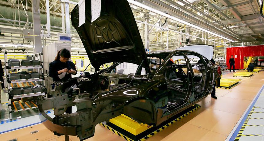 Вольво рассматривает возможность организации производства в РФ