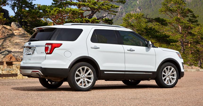 В РФ резко упал вцене вседорожный автомобиль Ford Explorer