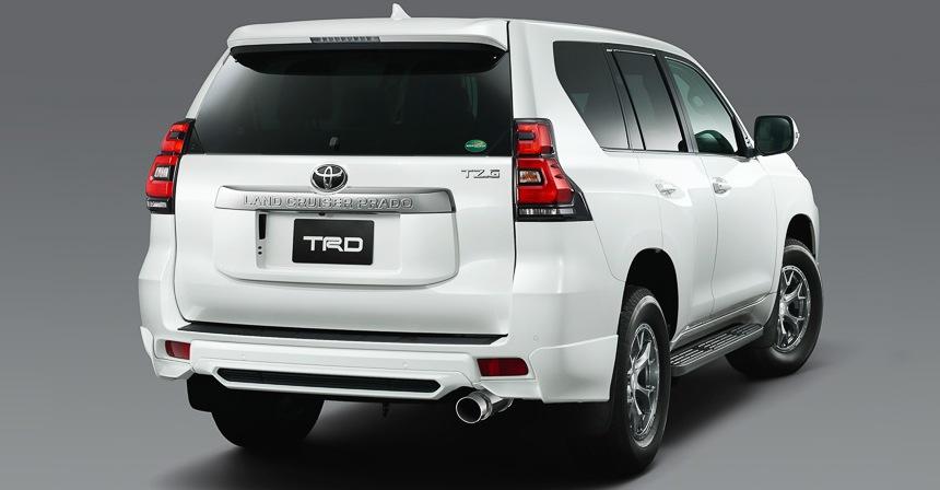 Тюнинг Тойота  Prado 2018: два ателье подготовили проекты