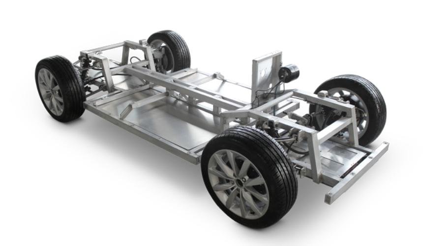 Чешская компанияMW Motors построила ретро-электрокар LukaEV