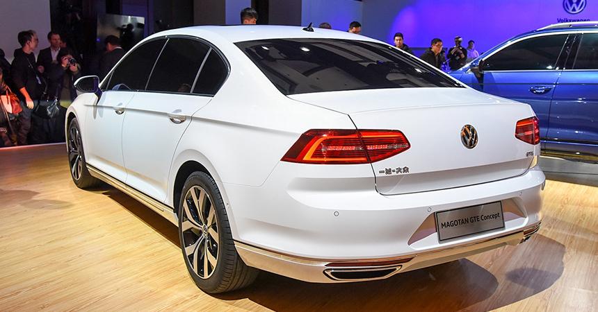 Кроссоверы Volkswagen Touareg и Tayron стали гибридами