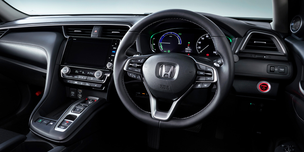 Седан Honda Insight для Японии дистанцировался от американского