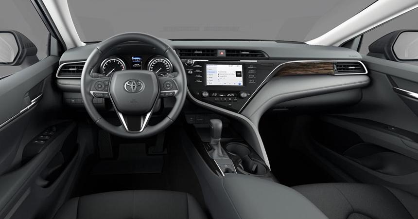 Новый Тойота Camry для РФ получит старые двигатели