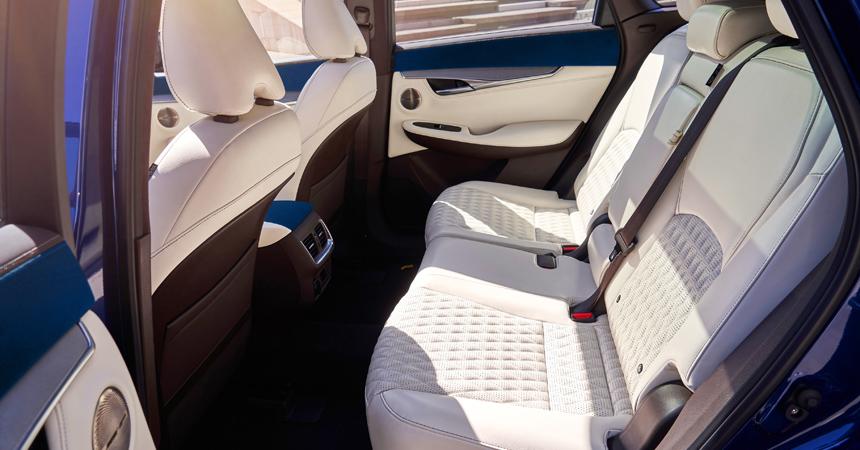 Озвучены рублёвые цены накроссовер Инфинити  QX50 обновленного поколения