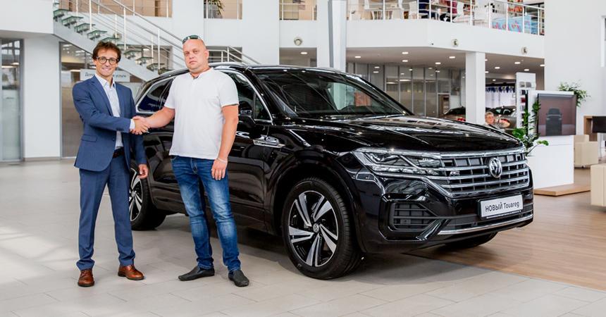 Дайджест дня: отпуска на российских заводах, Hyundai Kona Железного человека и другие события автоиндустрии