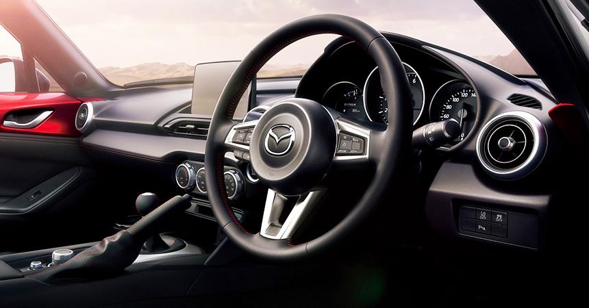Народный спорткар Mazda MX-5 обновил моторы и оснащение