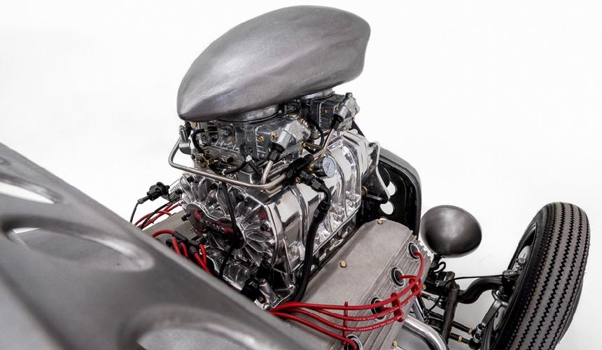 Ателье Classic Car Studio построило хот-род для металлиста