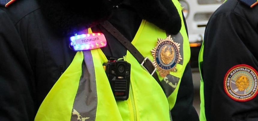 Казахстанских полицейских оснастили светящимися маячками