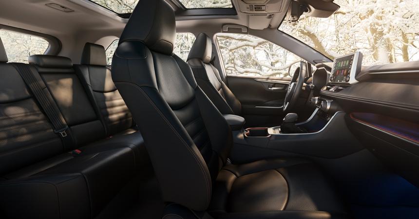Представлен кроссовер Toyota RAV4 нового поколения