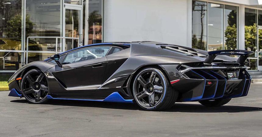 ВСША редкие Lamborghini отзывают из-за одной наклейки