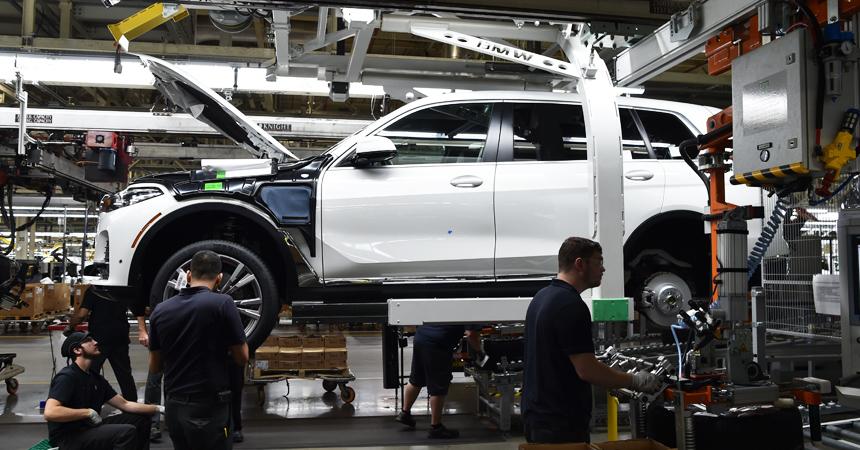 BMW представит новый X5 уже в этом году