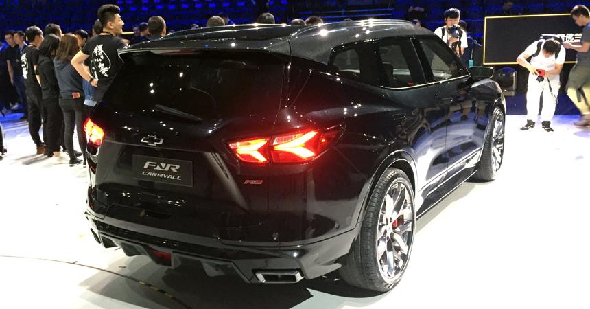 Представлен Chevrolet FNR-CarryAll, он же растянутый Blazer