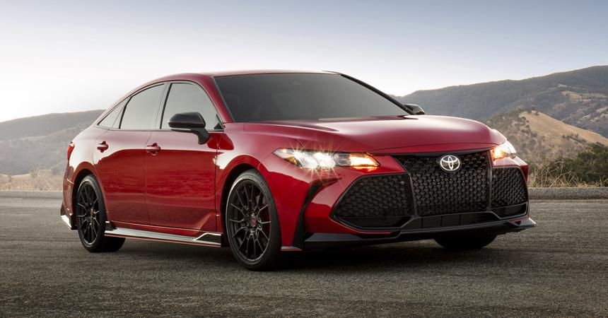 Подразделение TRD прокачало седаны Toyota Camry и Avalon