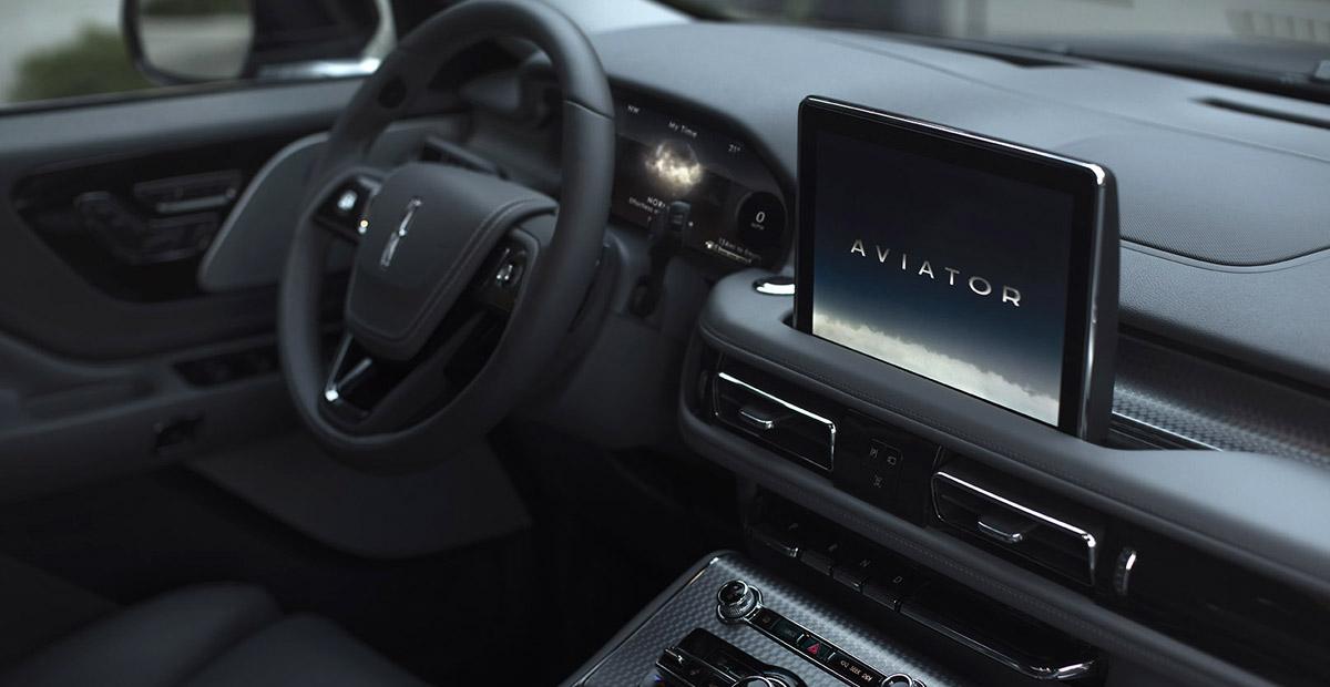 Серийный кроссовер Lincoln Aviator: две модификации и роскошь