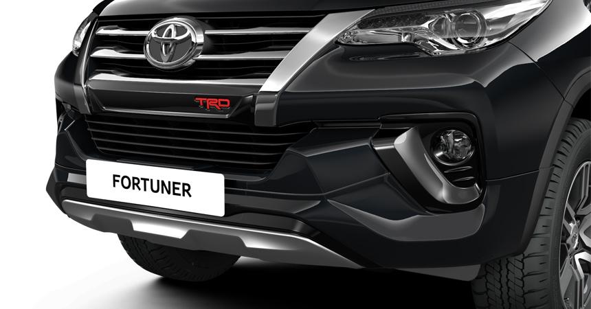 изображение тюнингованного Toyota Fortuner TRD