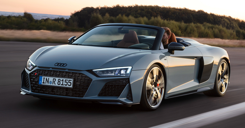 Обновленный суперкар Audi R8: мощнее и экологичнее