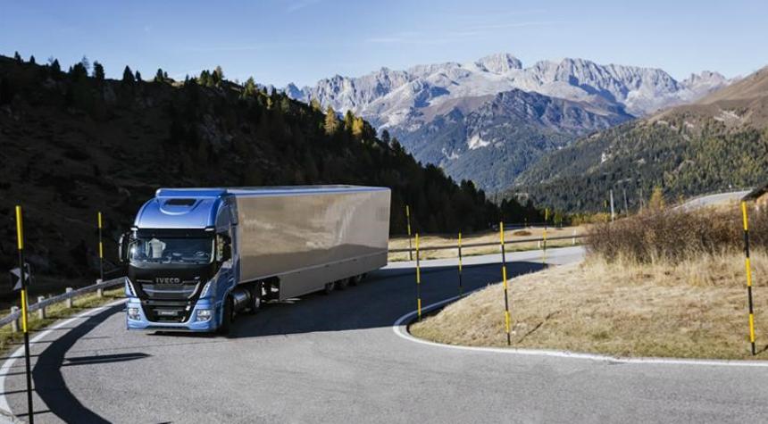 Дайджест дня: Alpina B4 S Biturbo 99 Edition, фиаско Volvo и другие события автоиндустрии
