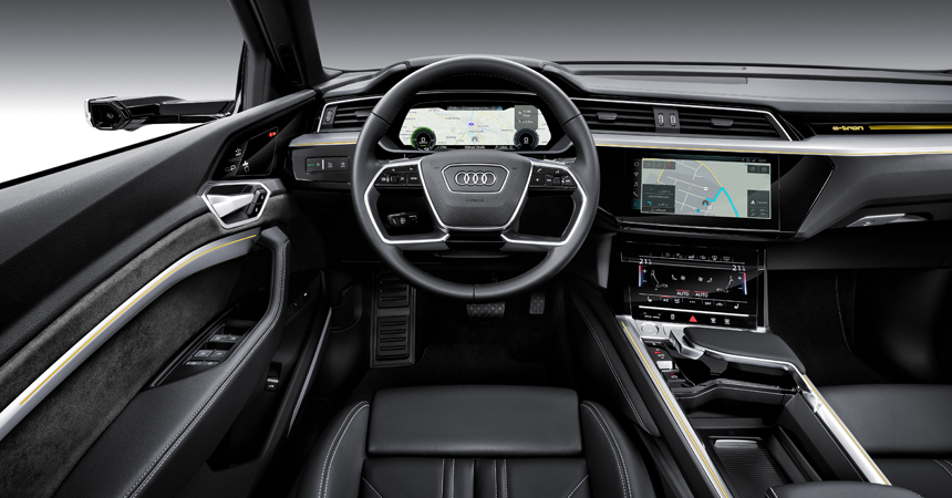 Электрический кроссовер Audi e-tron представлен в серийном виде