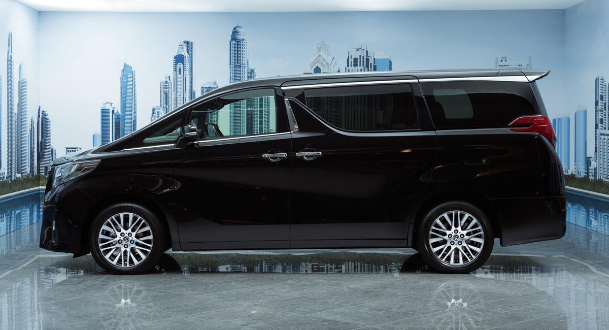 Lexus готовит роскошный минивэн для Азии