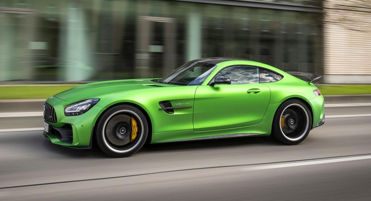 Автомобили Mercedes-AMG перейдут на полный привод и станут гибридами