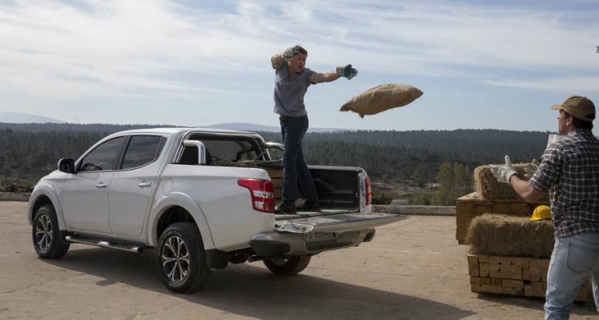 Отзыв пикапов Fiat Fullback: болты вместо заклепок