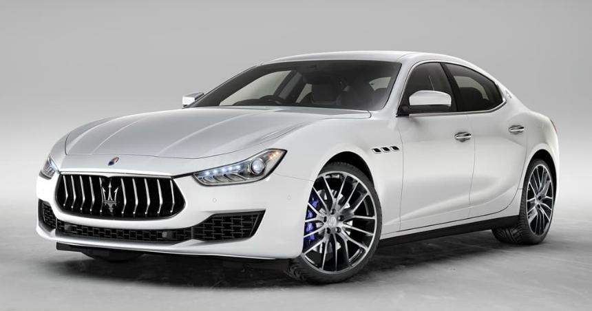 Дайджест дня: новое приобретение Теслы, BMW M850i First Edition и другие события автоиндустрии