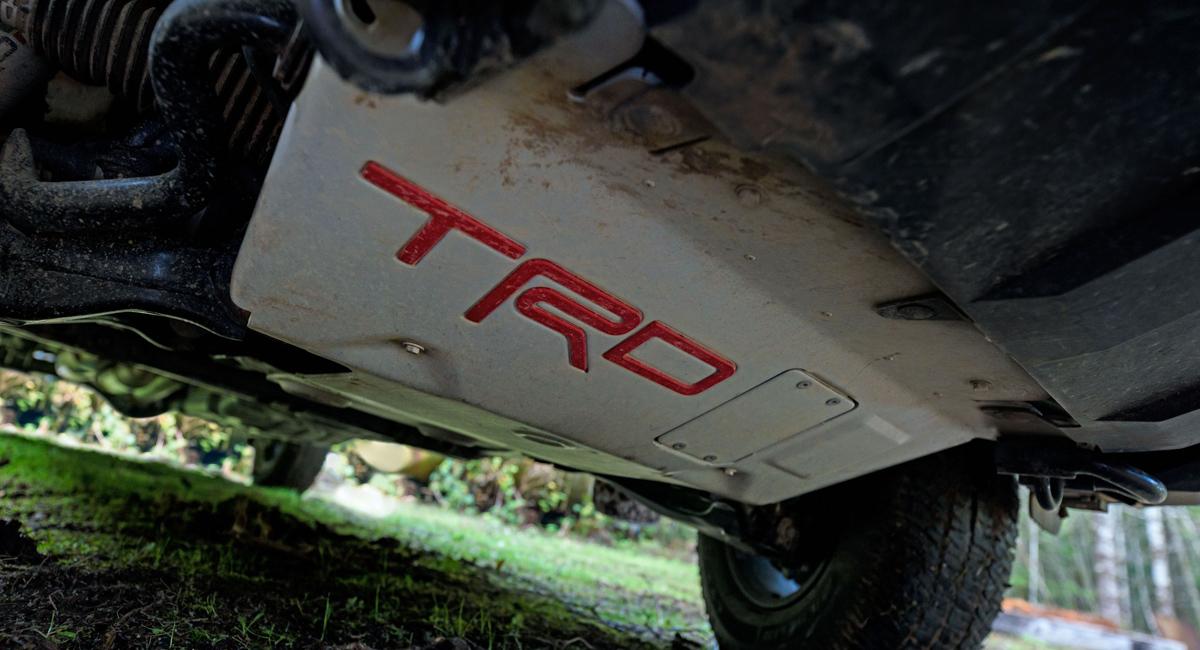 Внедорожник Toyota Sequoia TRD Pro: все дело в подвеске