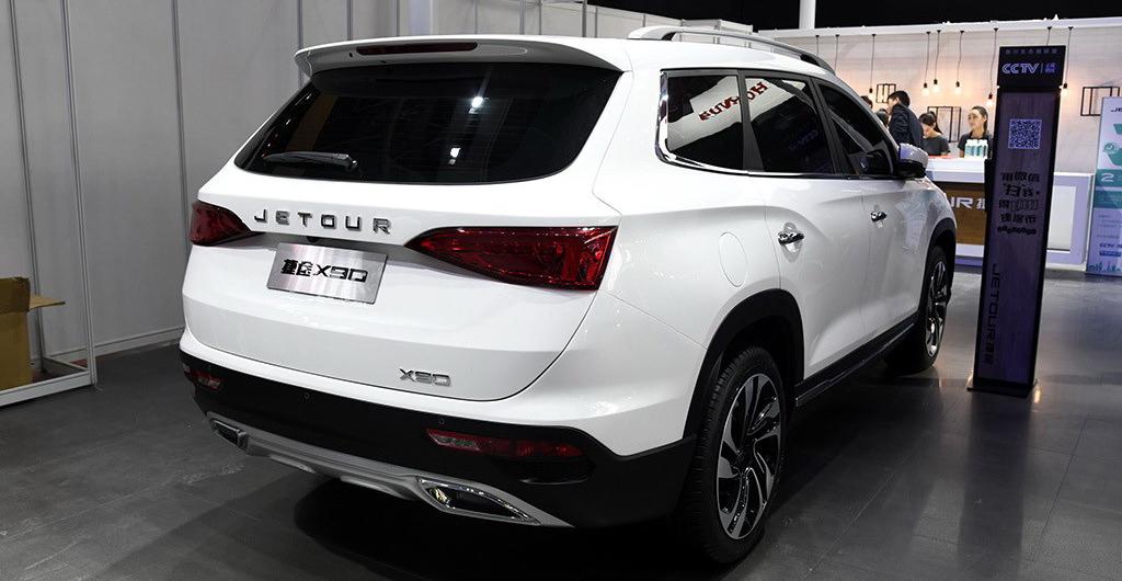Jetour X90: полноразмерный кроссовер с балкой сзади