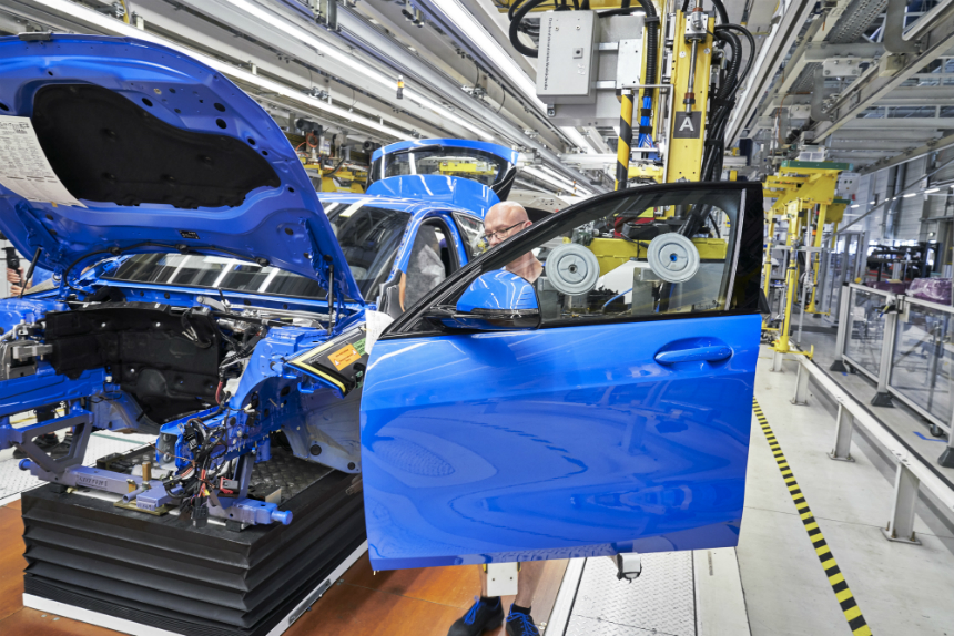 Дайджест дня: новый BMW X6, остановка АВТОВАЗа и другие события автоиндустрии