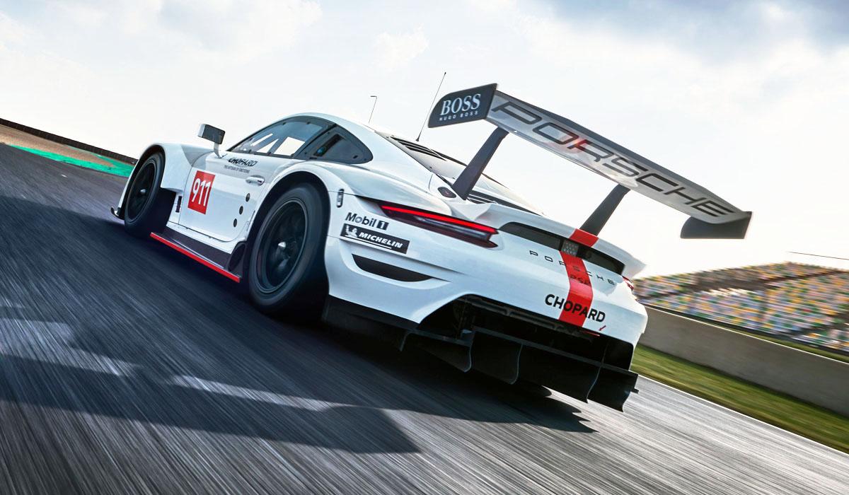 Порше представил обновленное купе 911 RSR для гонок