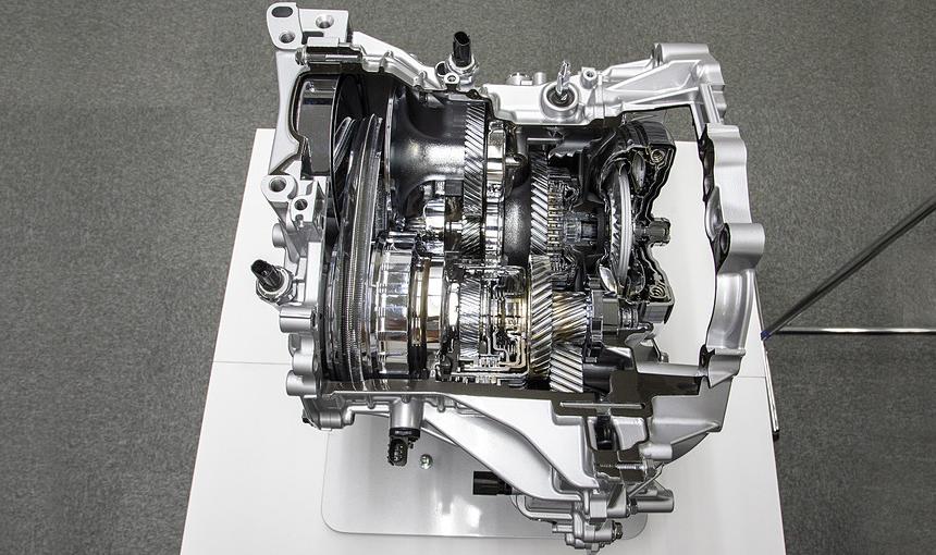 Новый Daihatsu Tanto: салон-трансформер и хитрый вариатор