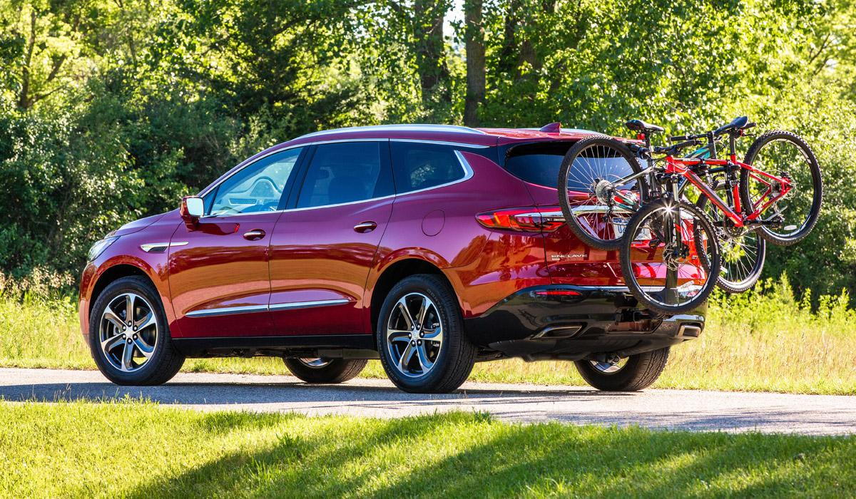 Кроссовер Buick Enclave стал богаче и «спортивнее»