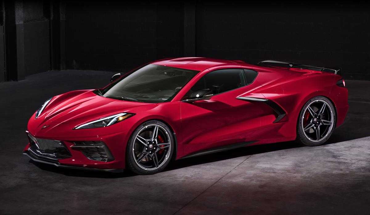 Новый Chevrolet Corvette Stingray: среднемоторная революция
