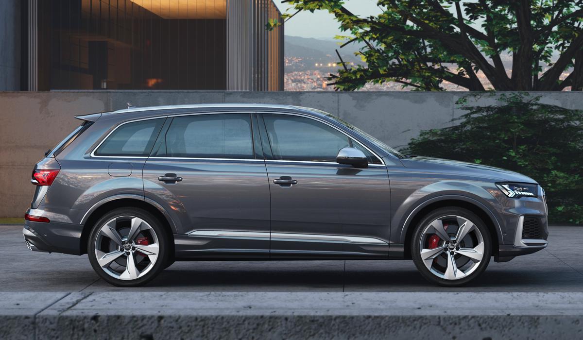 Представлен обновленный кроссовер Audi SQ7