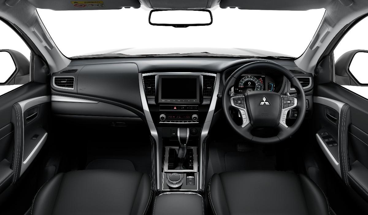 Рассекречен обновленный Mitsubishi Pajero Sport