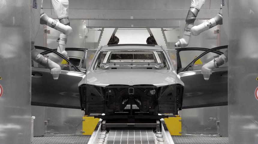 Дайджест дня: будущий Mercedes GLB, электрический пикап GM и другие события автоиндустрии