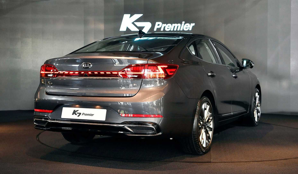 Седан Kia K7 Premier: больше чем рестайлинг