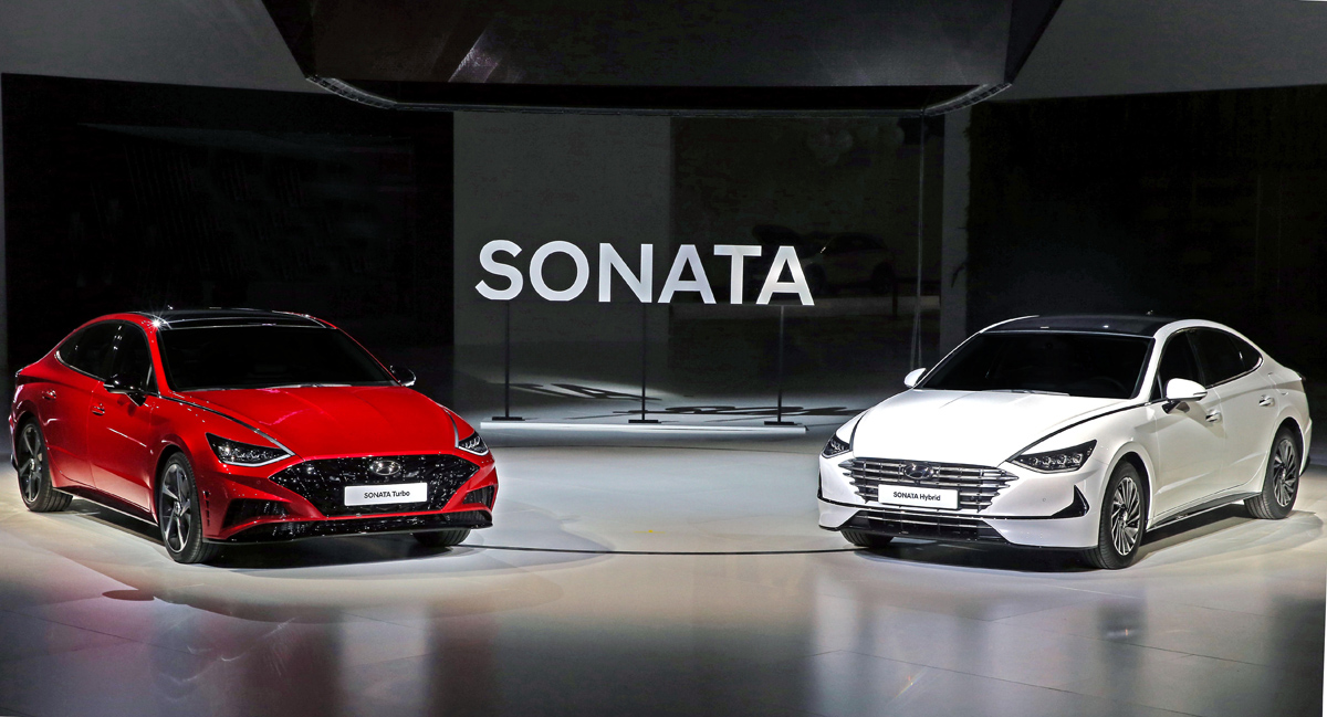Хюндай представила новейшую Хёндай Sonata стурбомотором