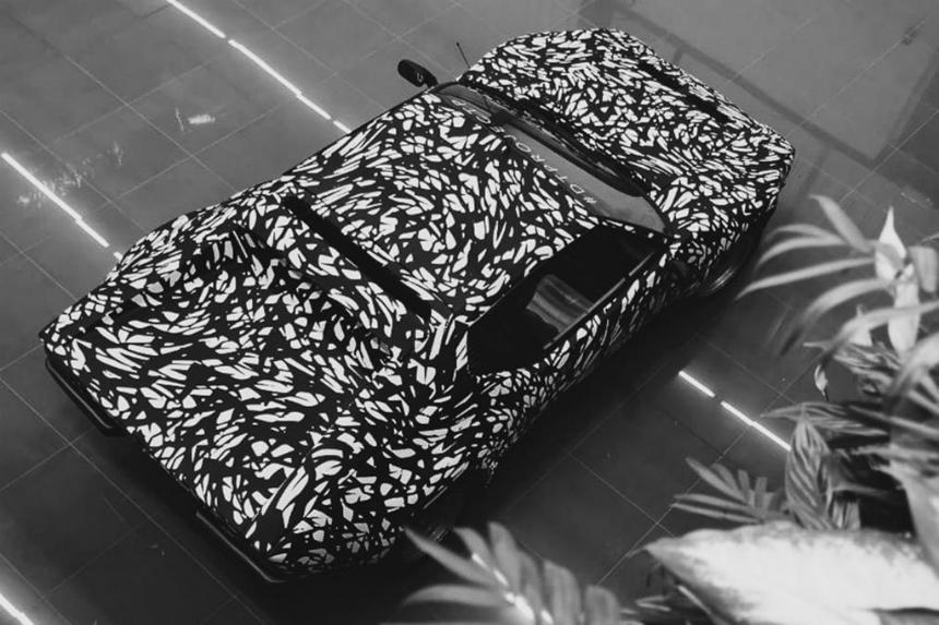 В России привезли уникальный Bentley Bentayga Pikes Peak