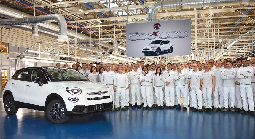 Дайджест дня: бодрые продажи Арканы, седан А-класса на конвейере и другие события автоиндустрии